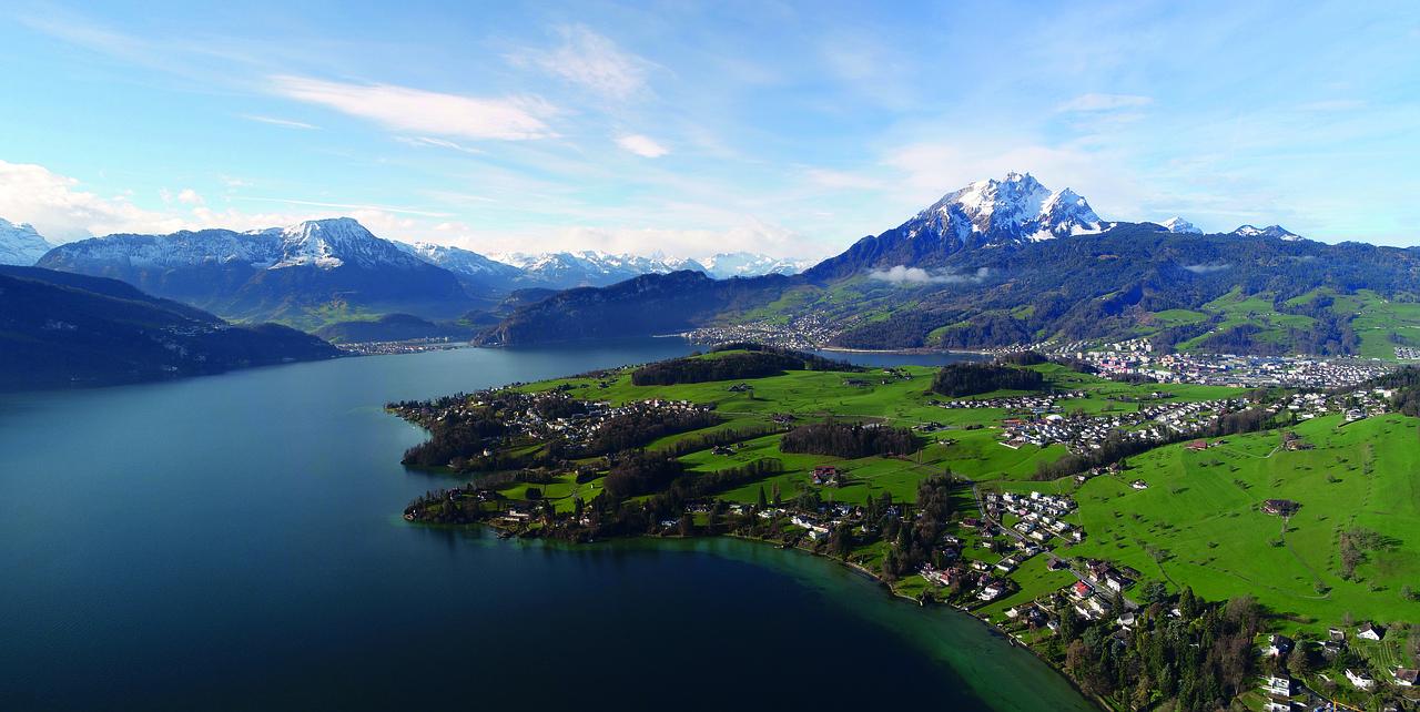 lac réserve d'eau naturel